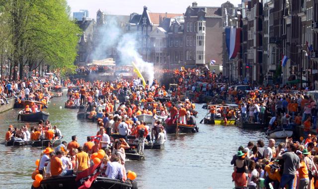 Holland_Königstag_festivals