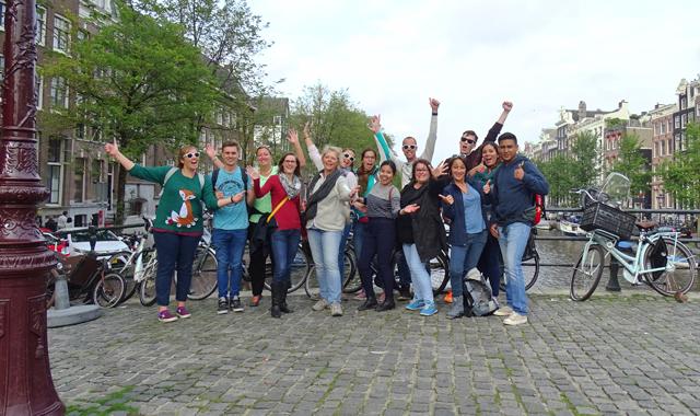 Die komplette Crew in Amsterdam