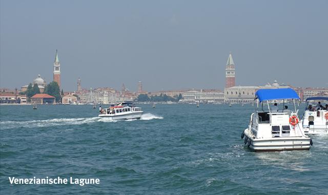Mit dem Hausboot vor Venedig
