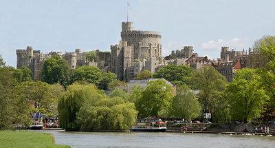 Vue sur Windsor depuis la Tamise