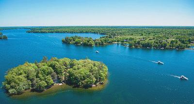 Navigation sur les lacs du Rideau