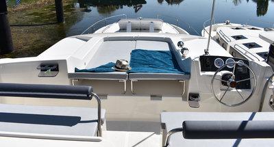 Sonnendeck des Hausbootes Horizon 5 von Le Boat