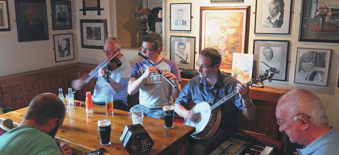 Larkin's Pub, Garrykennedy, Irland